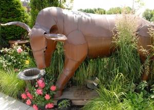 Outdoor Garden Art Large Metal Bull