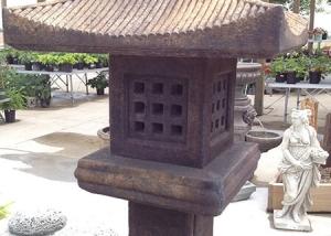 Japanese Roof style Garden Art