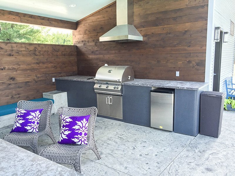 outdoor living kitchen with stove