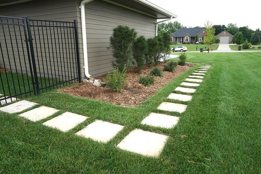 Square Stepping Stones in Landscaping