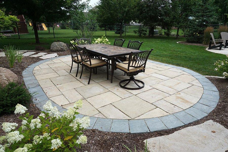 Outdoor Dining Stone Patio