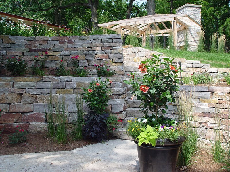 Boulder Brick Retaining Wall