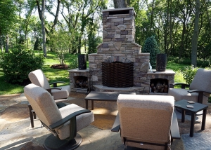 Outdoor Fire Place and Cement Patio