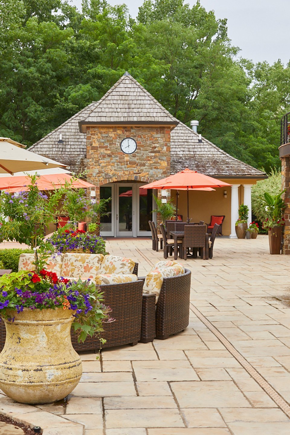 tedsgardens-patio-annual-planters-west-des-moines - Ted Lare ...