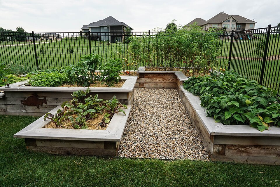 tedsgardens-raised-cedar-gardens - Ted Lare - Design & Build