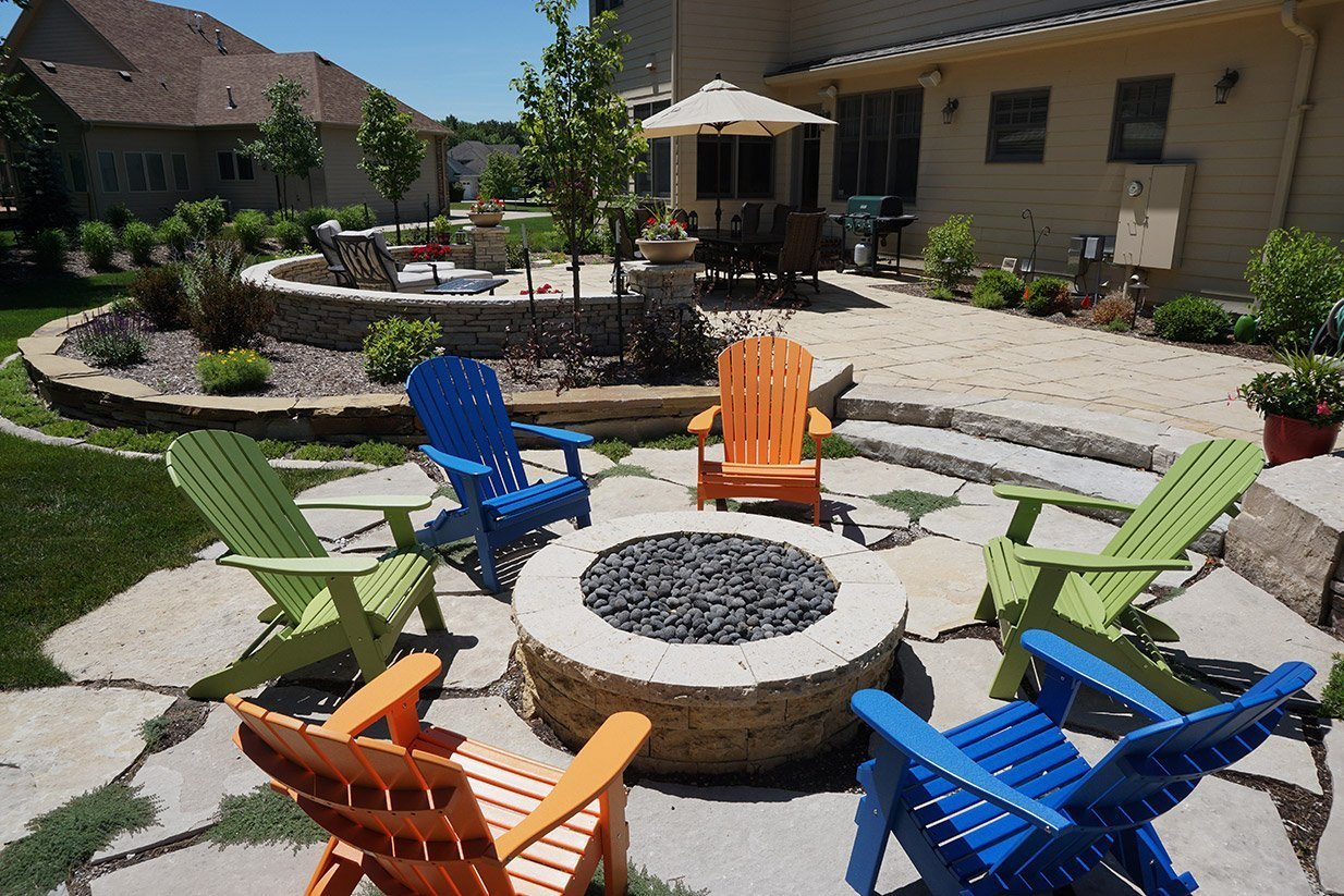 Tips to Make Your Yard Look Amazing for Summer Parties