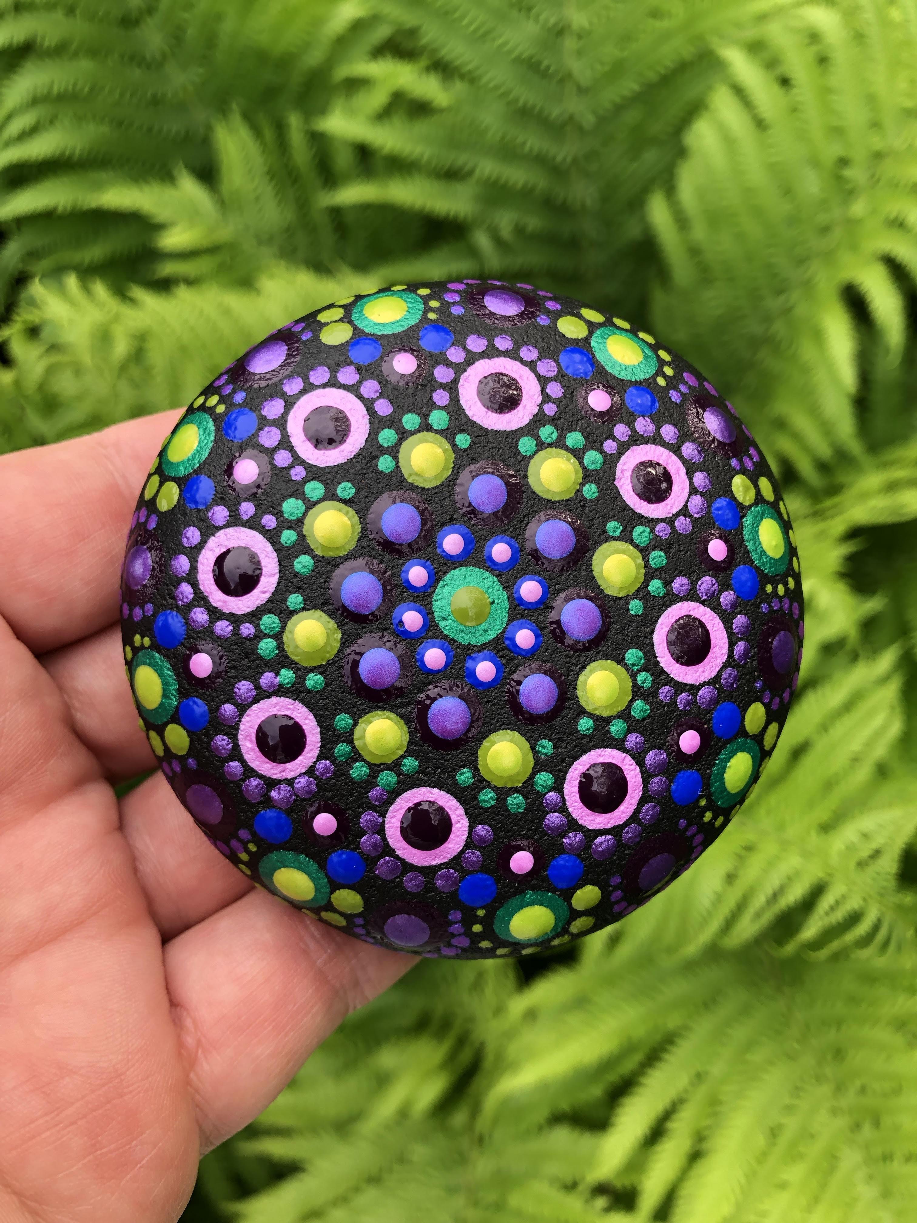 mandala art stone